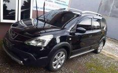 Mobil Nissan Livina 2015 X-Gear terbaik di Jawa Tengah