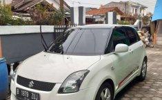 Mobil Suzuki Swift 2009 ST terbaik di Jawa Barat