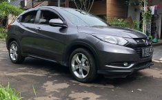 Jual mobil Honda HR-V E 2016 dengan harga murah di Jawa Barat