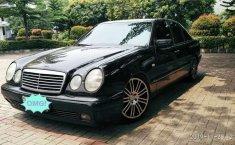 DKI Jakarta, jual mobil Mercedes-Benz E-Class E 230 1997 dengan harga terjangkau