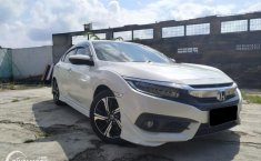 Review Honda Civic Turbo Sedan 2016: Semakin Sporty dengan Mesin Turbo