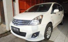 Jual mobil Nissan Grand Livina 1.5 XV AT 2012 bekas di Jawa Barat