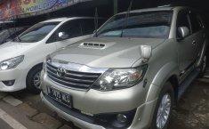 Jual Cepat Mobil Toyota Fortuner G 2012 di Tanggerang Selatan
