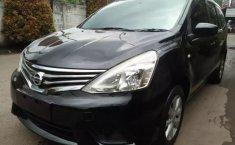 Jual mobil Nissan Grand Livina SV 2014 murah di Banten
