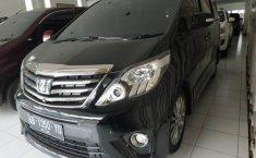 Mobil Toyota Alphard 2.4 NA 2013 dijual, DIY Yogyakarta