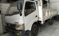 Jual mobil Toyota Dyna Diesel Truck NA 2011 terawat di DIY Yogyakarta