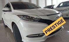 Jual mobil Honda HR-V Prestige 1 .8 2016 bekas di Jawa Barat