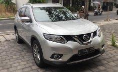 Dijual Mobil Nissan X-Trail 2.5 2015 Brightsilver di Bali