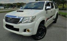 Jual Mobil bekas Toyota Hilux G 2011 Putih di Jawa Barat