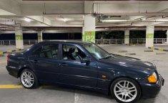Mobil Mercedes-Benz C-Class 1997 230 dijual, Jawa Barat