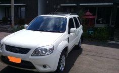 Jual Mobil Bekas Ford Escape XLT 2.3 Automatis 4x2 2012 di DKI Jakarta