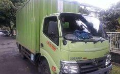 Mobil Hino Dutro 2015 terbaik di Jawa Barat
