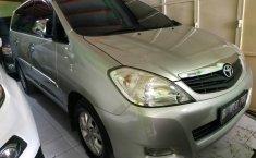 Jual cepat mobil Toyota Kijang Innova 2.0 G 2011 di DIY Yogyakarta