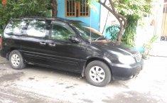 Jawa Timur, dijual mobil Kia Sedona GS 2004 bekas
