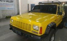 Dijual mobil bekas Jeep Cherokee XJ 4x4 AT 4.0 1996, DKI Jakarta