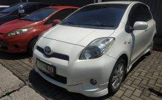 Jual Cepat Mobil Toyota Yaris E 2011 di Bekasi