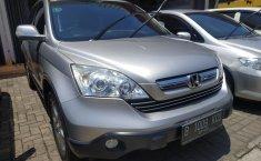 Dijual Honda CR-V 2.0 AT istimewa di Bekasi