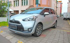 Jual mobil Toyota Sienta V 2016 terbaik di DKI Jakarta