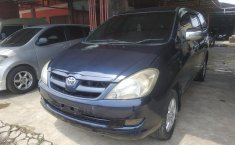 Dijual cepat Toyota Kijang Innova 2.0 G 2005 bekas, Jawa Barat