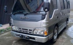 Sumatra Selatan, Isuzu Elf 2.8 Minibus Diesel 2014 kondisi terawat