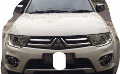 Mobil Mitsubishi Pajero Sport 2014 terbaik di DIY Yogyakarta