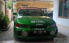 Mobil Mitsubishi Lancer 2000 SEi terbaik di Jambi