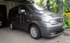 Jual mobil bekas murah Nissan Serena Highway Star 2012 di Banten