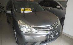 Jual mobil Nissan Grand Livina SV 2015 dengan harga terjangkau di Jawa Barat