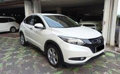 Jawa Timur, dijual mobil Honda HR-V E CVT 2015 bekas