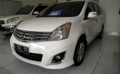 Jual mobil Nissan Grand Livina 1.5 Ultimate AT 2013 terawat di Jawa Barat
