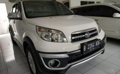 Jual mobil Daihatsu Terios TX MT 2014 dengan harga terjangkau di Jawa Barat