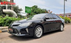 Jual cepat mobil Toyota New Camry 2.5 Hybrid 2017 di DKI Jakarta