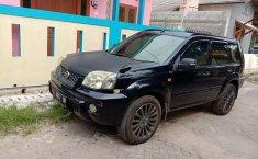 Jual Nissan X-Trail ST 2004 harga murah di Banten