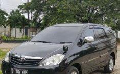 Jawa Barat, dijual mobil Toyota Kijang Innova 2.0 G 2011 bekas