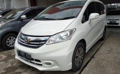 Jual mobil Honda Freed SD AT 2014 dengan harga murah di Jawa Barat