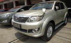 Dijual mobil Toyota Fortuner 2.5 G AT 2012 dengan harga terjangkau, Jawa Barat