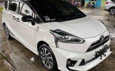 Mobil Toyota Sienta 2016 Q terbaik di DKI Jakarta