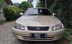 Banten, Toyota Camry G 2000 kondisi terawat
