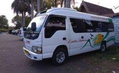 Jawa Timur, Isuzu Elf 2.8 Minibus Diesel 2015 kondisi terawat