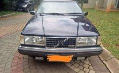 Mobil Volvo 960 1996 terbaik di Jawa Barat