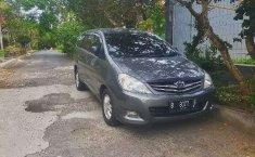 Dijual mobil bekas Toyota Kijang Innova V Luxury, Bali