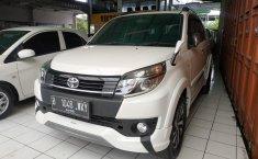 Jual mobil Toyota Rush TRD Sportivo MT 2015 bekas di Jawa Barat
