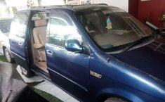 Mobil Kia Carnival 2004 GS dijual, Jawa Barat