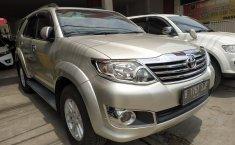 Dijual mobil Toyota Fortuner 2.5 G AT 2012 harga terjangkau di Jawa Barat