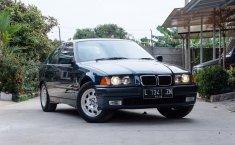 Dijual mobil BMW 3 Series 318i 1997 bekas, Jawa Barat