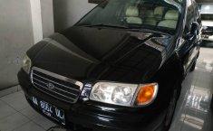 Jual mobil Hyundai Trajet GLS 2004 dengan harga murah di DIY Yogyakarta