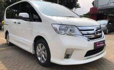Jual mobil Nissan Serena Highway Star 2015 bekas di Banten