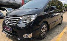 Dijual mobil Nissan Serena Highway Star 2015 dengan harga terjangkau, Banten