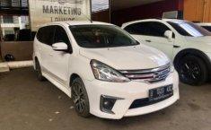 Jual Mobil Nissan Grand Livina Highway Star Autech 2015 di Bekasi
