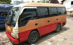 Jual cepat Isuzu Elf 2.8 Minibus Diesel 2009 di Jawa Timur